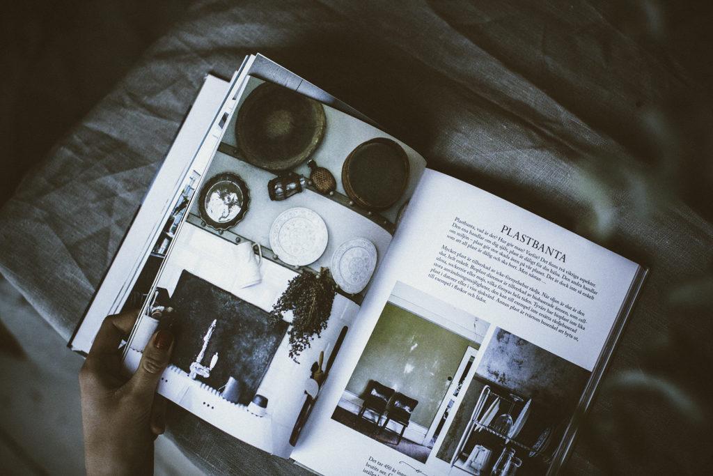 Bild på Ida Magntorns bok Ett hem med omtanke, tagen av Sofia Vusir Jansson från bloggen Mokkasin Femina